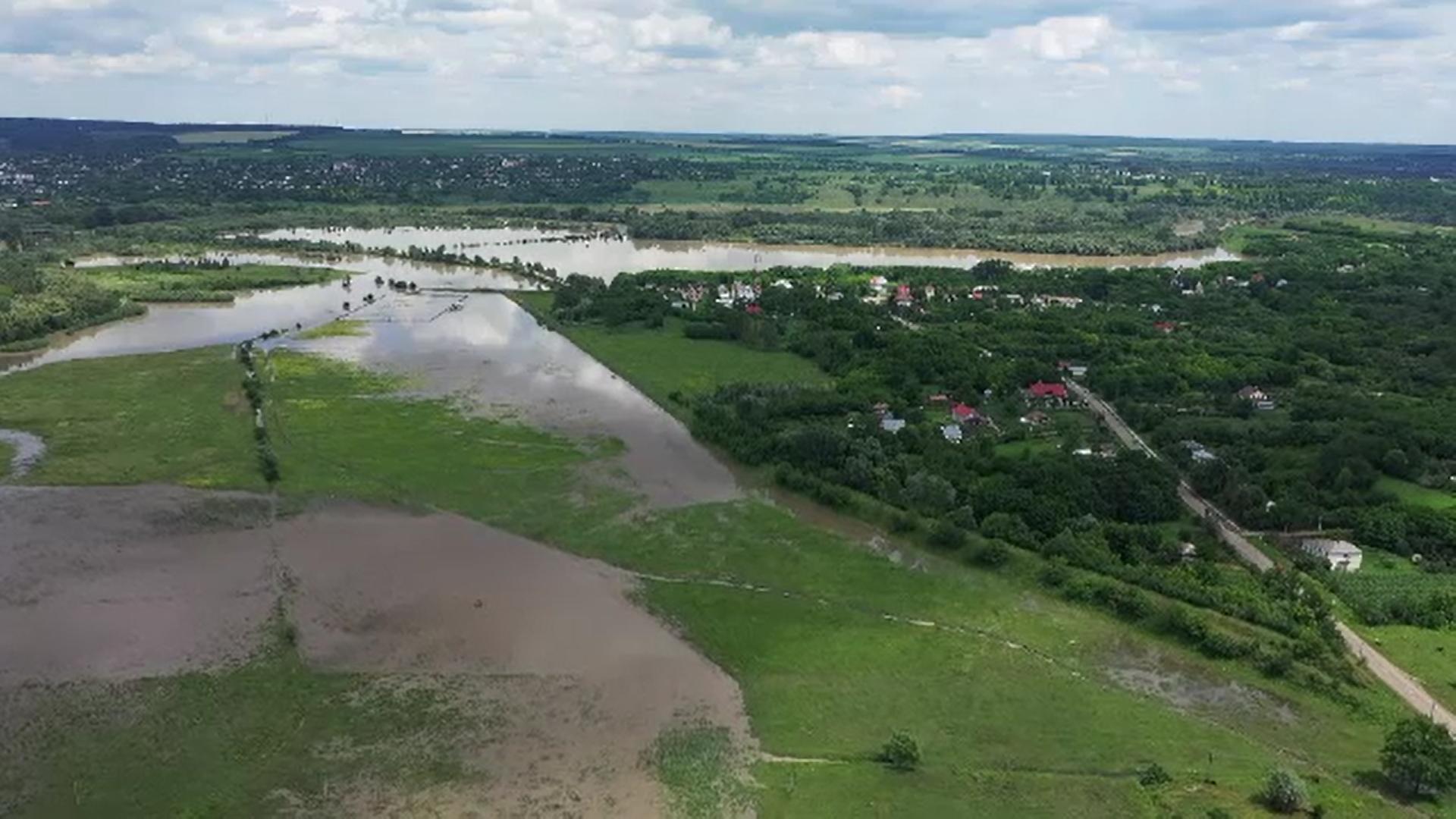 Alertă generală pe Prut. Hidrologii au emis cod roșu de inundații până vineri