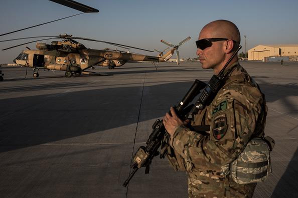 NY Times: Rusia a oferit recompense militanților afgani pentru a ucide militari americani