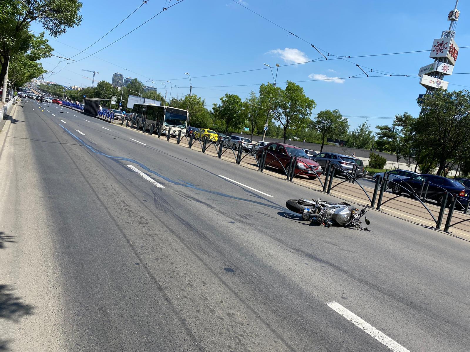 Un copil de 10 ani a murit după ce a fost lovit de un motociclist, în București