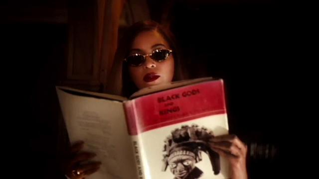 Beyonce revine în atenția publicului cu un material care îmbină muzica și filmul