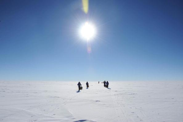 Fenomen îngrijorător la Polul Sud. Temperaturile au crescut într-un ritm neașteptat