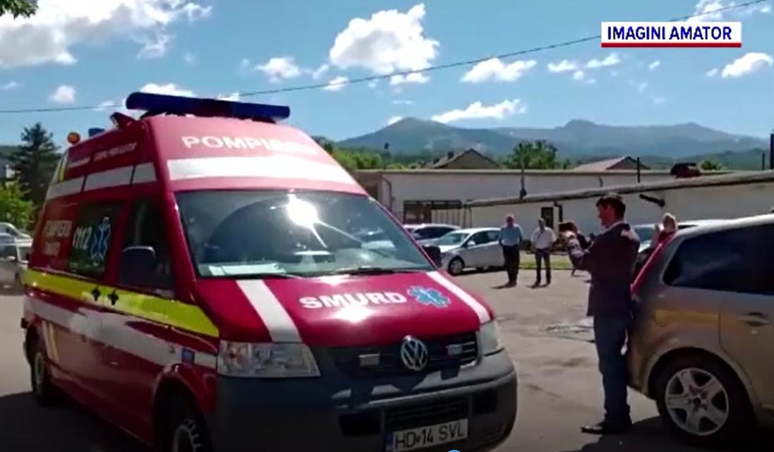 Cod Roșu de intervenție la mina Livezeni din Valea Jiului. 14 mineri au ajuns la spital