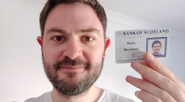 Un bărbat din Scoția și-a găsit portofelul pierdut după 20 de ani. Surpriza pe care a avut-o când l-a deschis