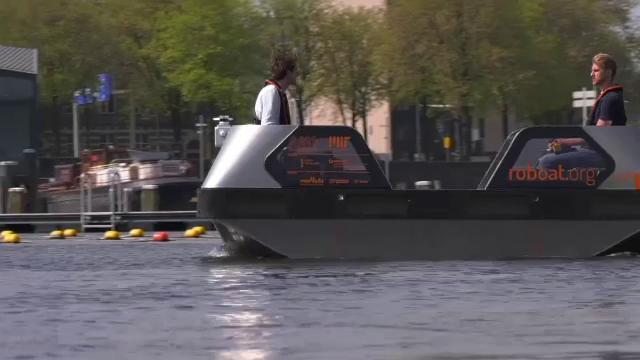 Alternativa olandeză la mașinile autonome: Barca ce se poate conduce singură