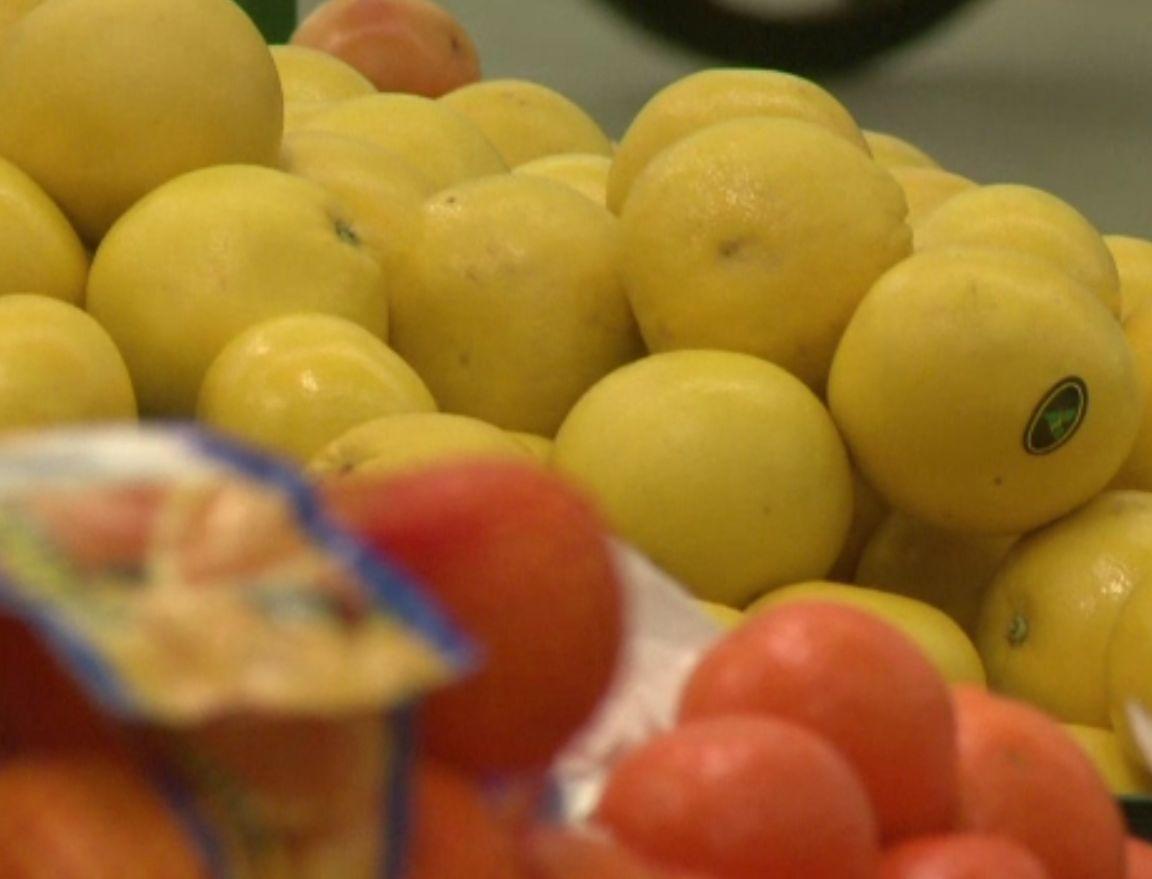 Pericolul pesticidelor din fructe și legume, demonstrat de laboratoarele din România. Ce trebuie să evităm