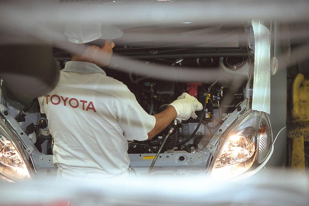 Toyota își cere scuze la 4 ani după ce un angajat s-a sinucis din cauza șefului. Cum era hărțuit