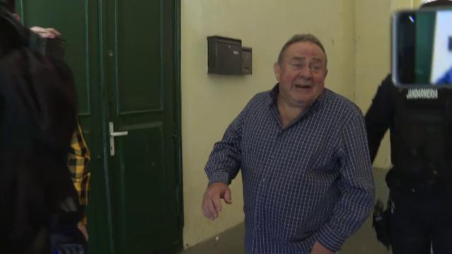 Executor judecătoresc din Timișoara, acuzat de relații sexuale cu minore și pornografie infantilă