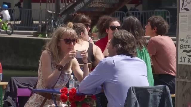 """Măsuri importante de relaxare în Franța și la Bruxelles. """"A fost greu, foarte greu"""""""