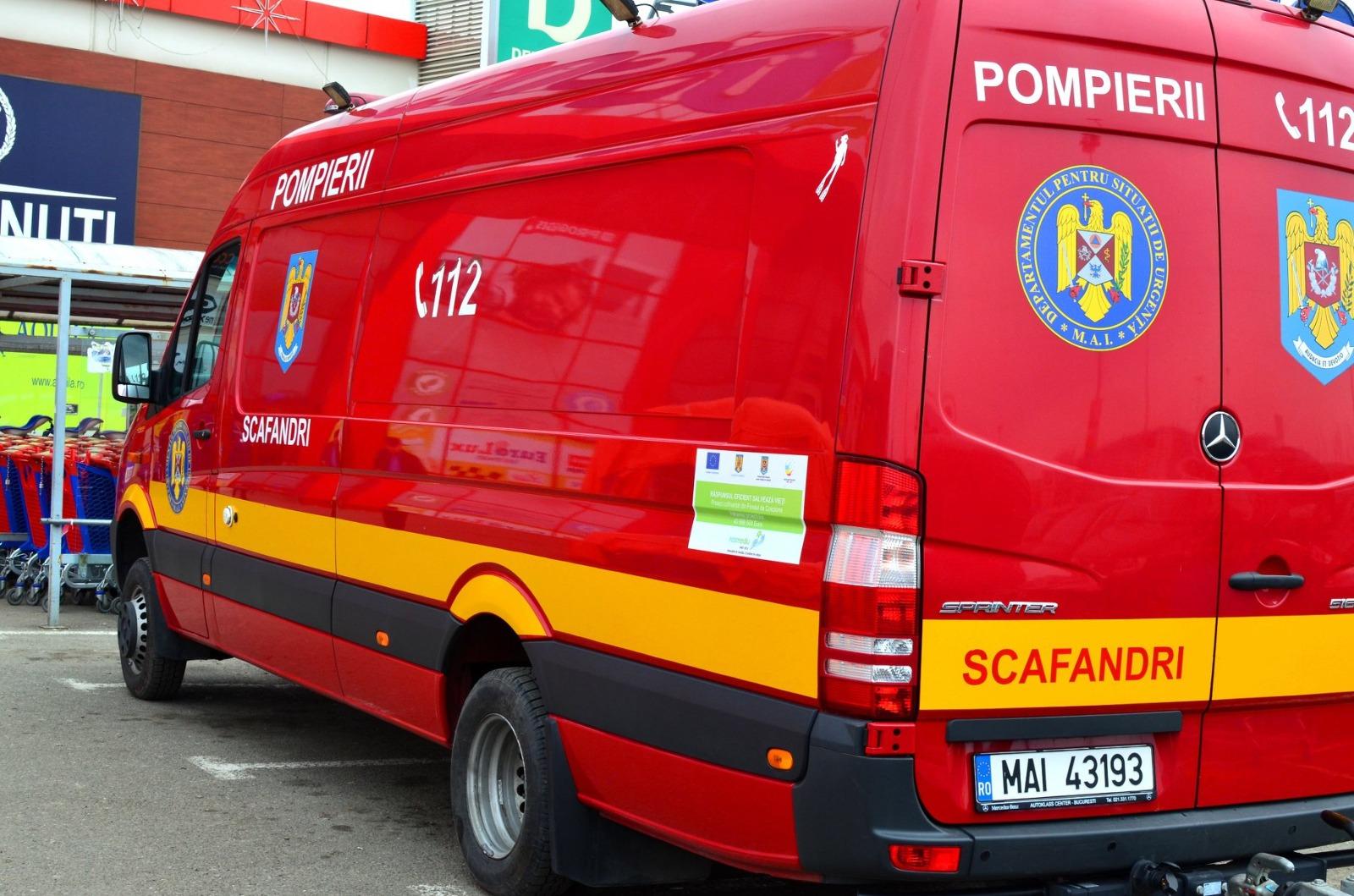 """Un bărbat din Iași a murit după ce s-a certat pentru un loc de parcare. """"A vrut să-l taie cu niște furculițe"""""""