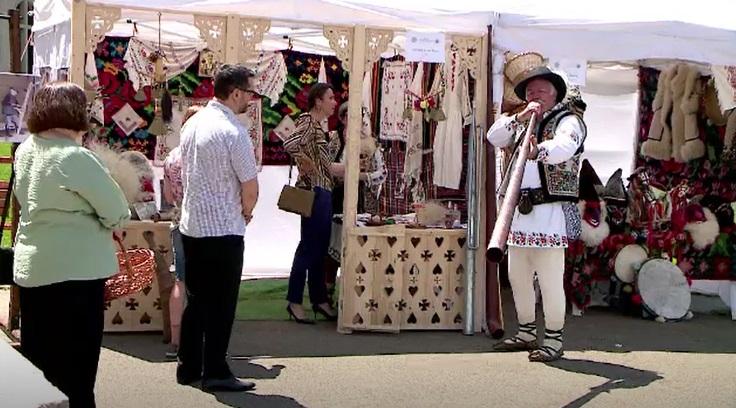 Meșteri din toate colțurile țării au prezentat tradițiile românești la diverse târguri