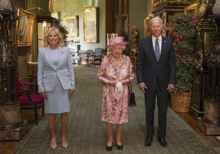 Președintele american, Joe Biden, a afirmat că regina Elisabeta a II-a îi amintește de mama sa