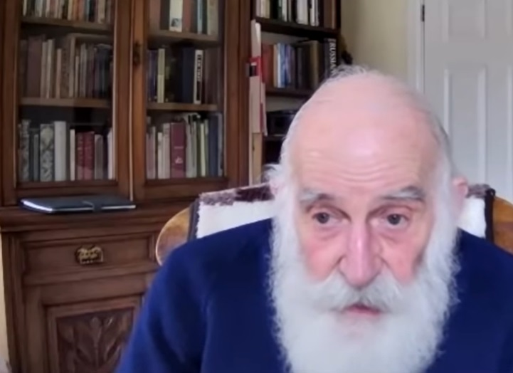 Cum a ajuns star pe Youtube un bătrân de 84 de ani