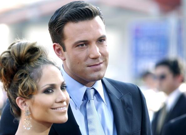 Jennifer Lopez şi Ben Affleck, surprinși în timp ce se sărutau în Los Angeles