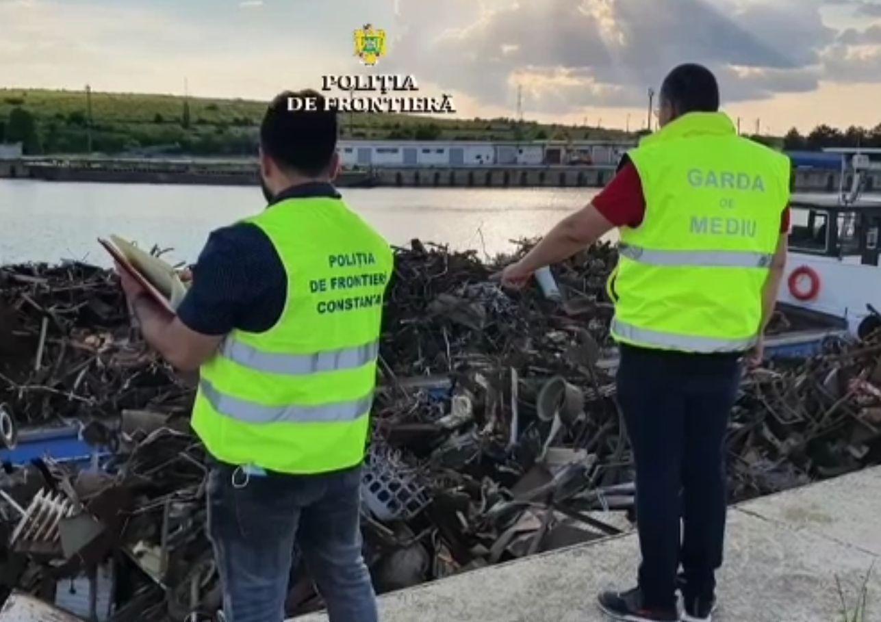 Importăm sute de tone de deșeuri, majoritatea ilegal, pentru că este o afacere bănoasă, dar un dezastru pentru mediu