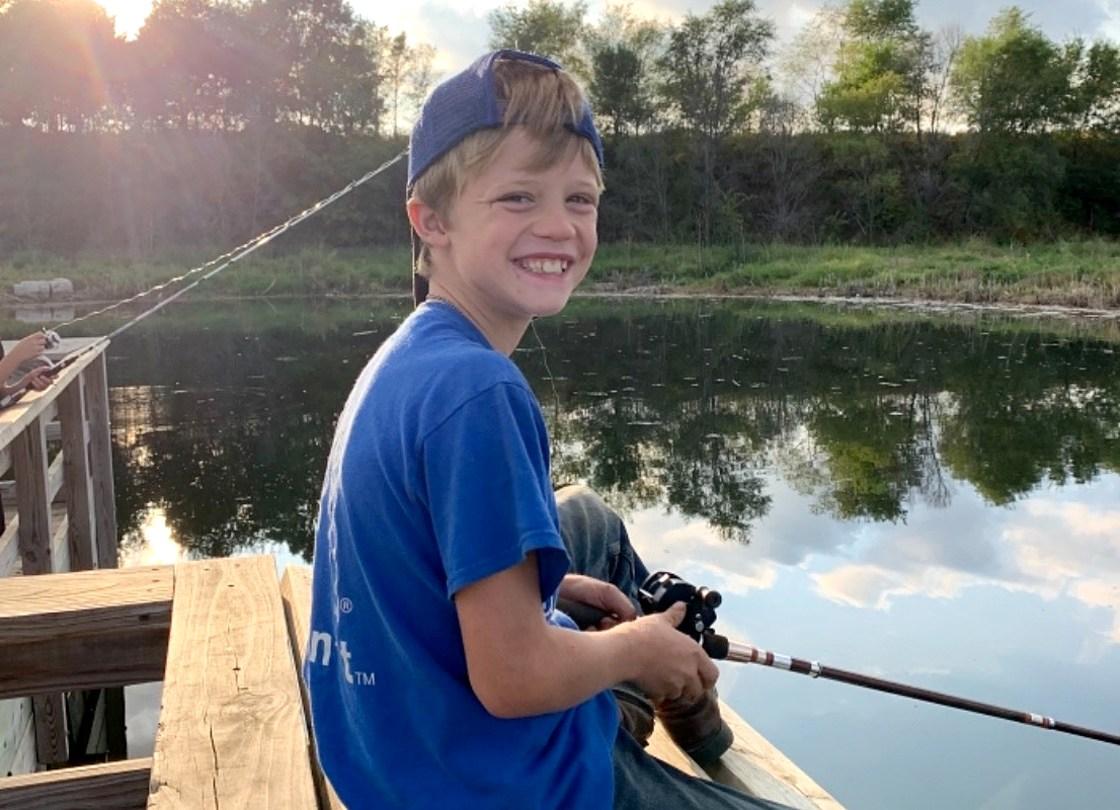 Un băiețel de 10 ani a murit în timp ce își salva sora mai mică de la înec