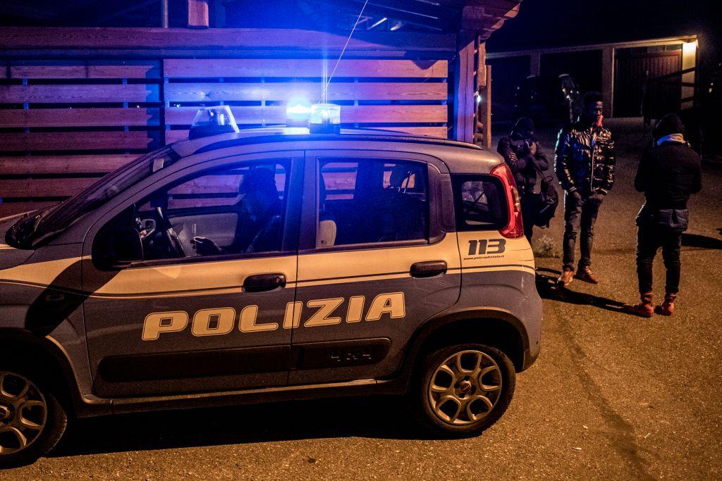 Incident șocant la Roma. O bombă a fost descoperită în mașina unui politician