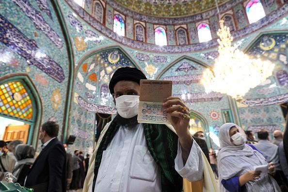 Alegeri prezidenţiale în Iran. Seyyed Ebrahim Rais al-Sadati căştigă alegerile cu 62% din voturi