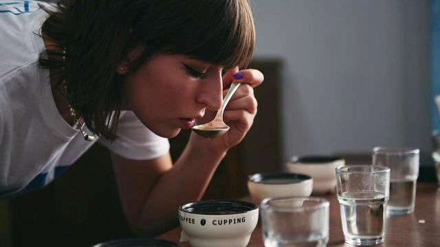 Cifre record la vânzările de cafea în România: peste opt mii de tone, în doar două luni