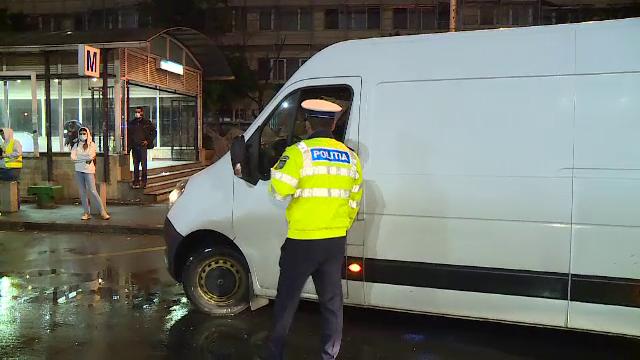 Razie amplă în București. Zece șoferi au rămas fără permis și un tânăr a fost prins drogat la volan