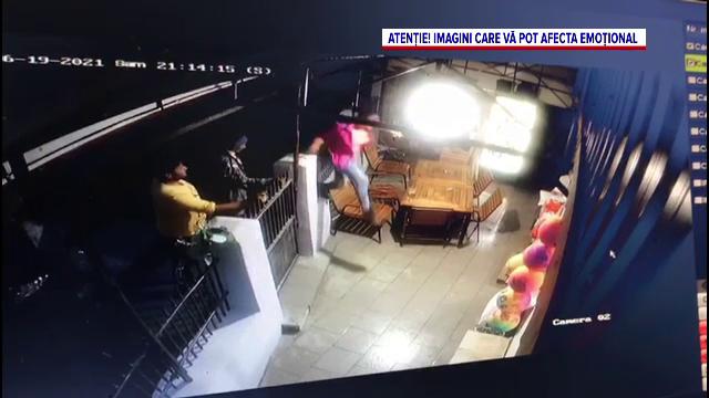 Patronul unui magazin dintr-o comună din Vrancea, atacat de doi indivizi. Bărbatul a ajuns la spital