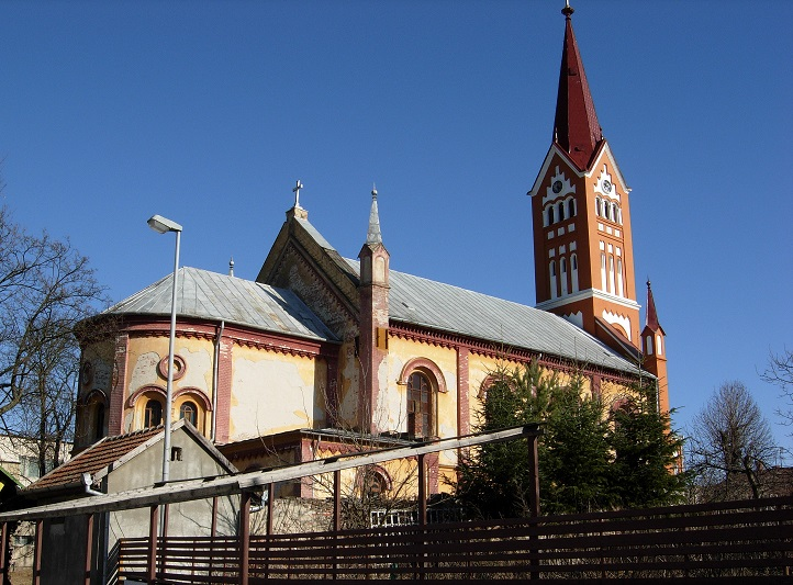 Meci oficial de fotbal suspendat după ce s-a spart cutia milei dintr-o biserică din Timiș. Cum a fost posibil