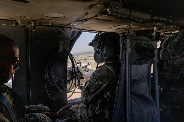 Elicopter militar Black Hawk, prăbușit în Filipine. Șase persoane au murit