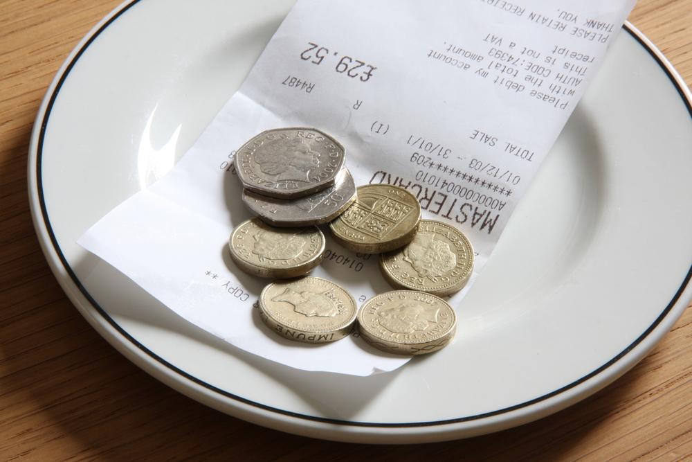 A mâncat la restaurant de 38 de dolari și a lăsat un bacșiș uriaș. Patronul a crezut că e o greșeală