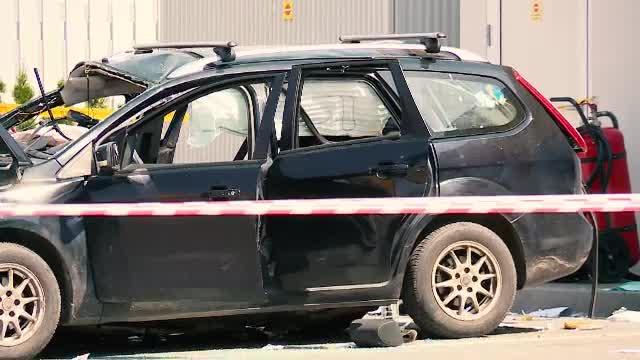 O butelie cu dioxid de carbon a explodat într-o mașină, în București, de la căldură. Un tânăr a murit