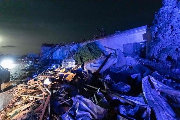 Orașe devastate în Cehia, în urma unei tornade neobișnuite. VIDEO