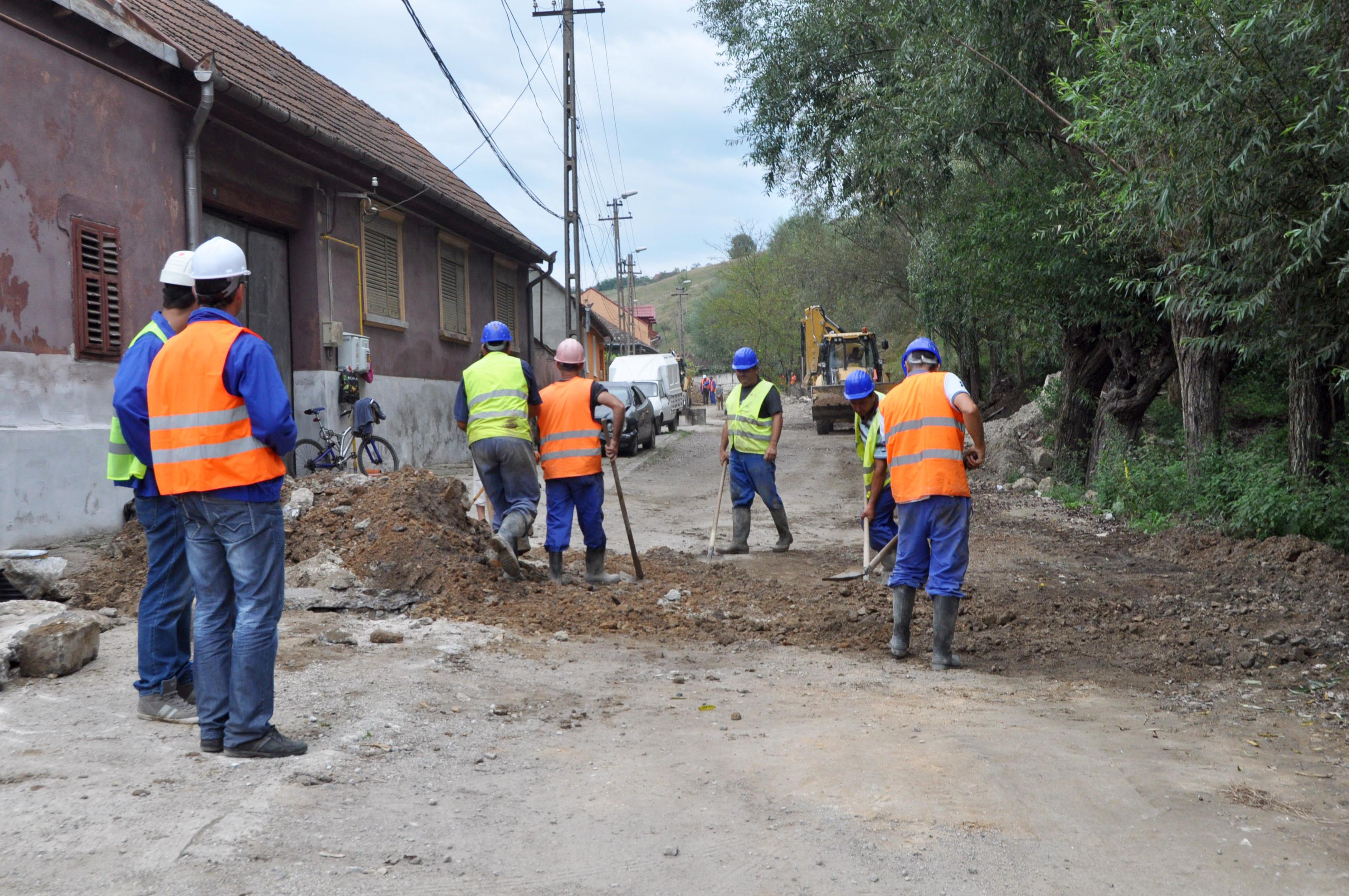 Aproape jumătate din populația României nu este racordată la canalizare