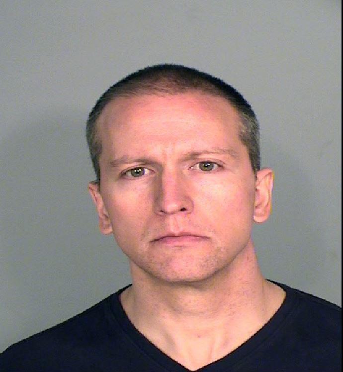 Fostul poliţist Derek Chauvin, condamnat la 22,5 ani de închisoare pentru uciderea lui George Floyd