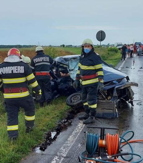 Grav accident în Ialomița. Două persoane, soț și soție, au murit