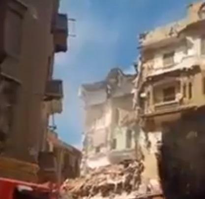 O clădire s-a prăbușit în Egipt: Patru oameni au murit. VIDEO