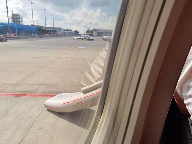 Naționala Cehiei, evacuată din avion chiar înainte de decolare. Incidentul care le-a anulat deplasarea