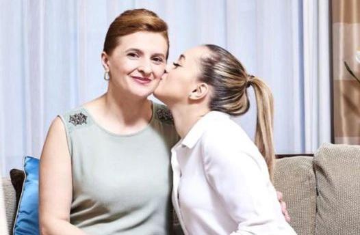 """Larisa Iordache, în doliu. Mama ei a murit: """"Sufletul să îţi fie liniştit, mami!"""""""