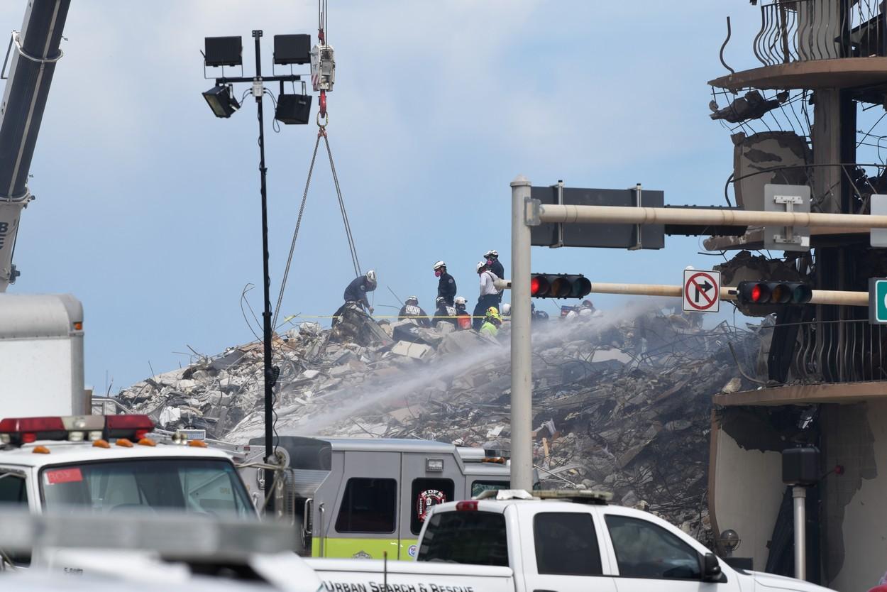 Răsturnare de situație în cazul blocului prăbușit în Miami: Locatarii știau de pericolul în care se află