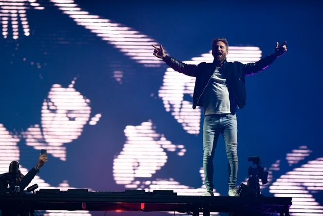 """Contract de 100 mil. dolari pentru David Guetta, după lansarea piesei """"Remember"""", la un eveniment organizat de UNTOLD"""