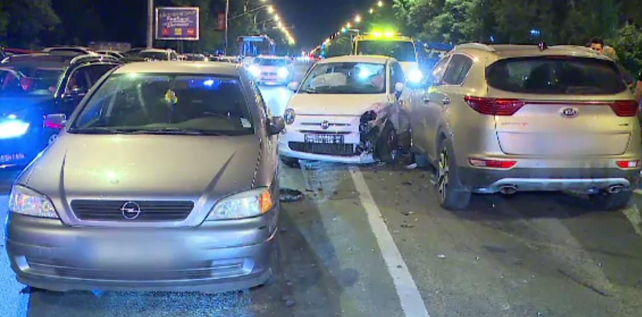Valeriu Argăseală, implicat într-un accident: Patru mașini au fost avariate, iar o femeie a ajuns la spital