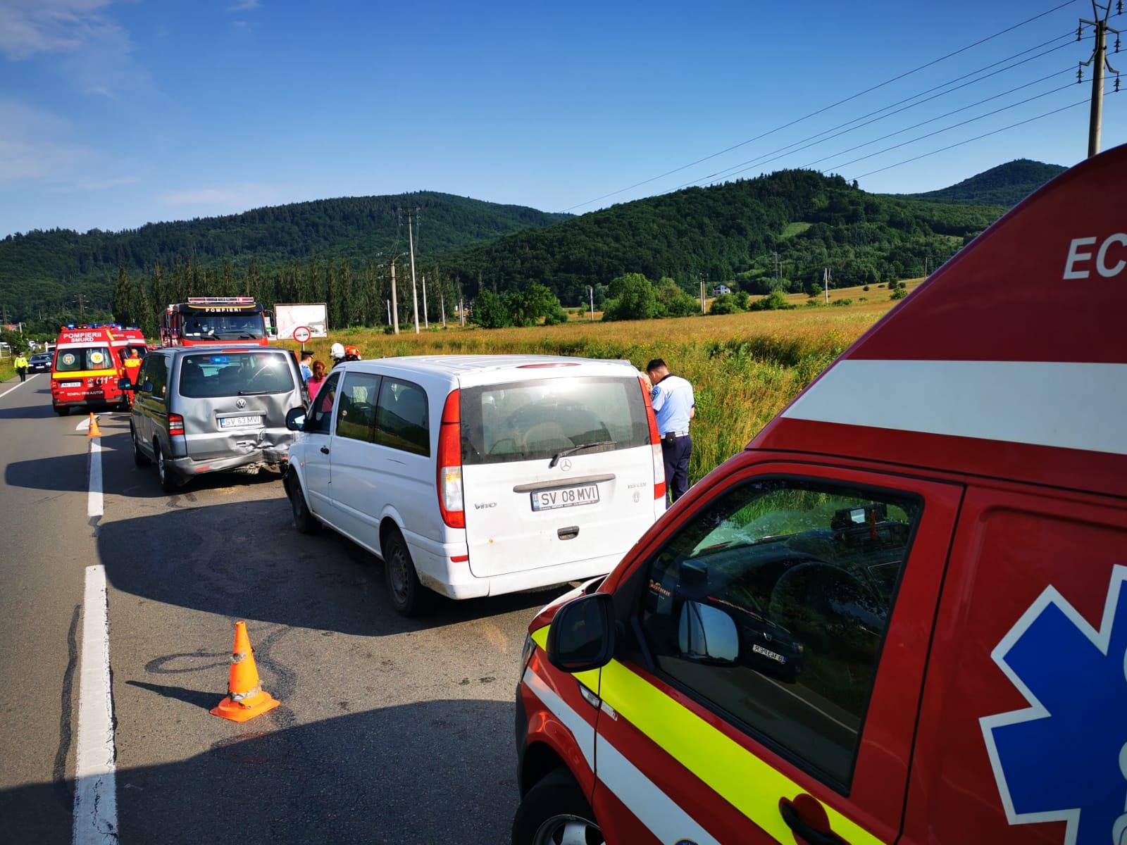 Accident în Suceava, cu 15 persoane implicate. A fost activat Planul roşu de intervenţie