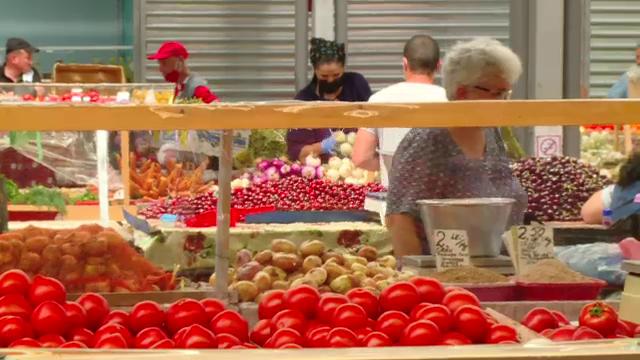 Avertismentul experților despre mâncarea cumpărată pe timpul caniculei. Pericolul la care ne expunem
