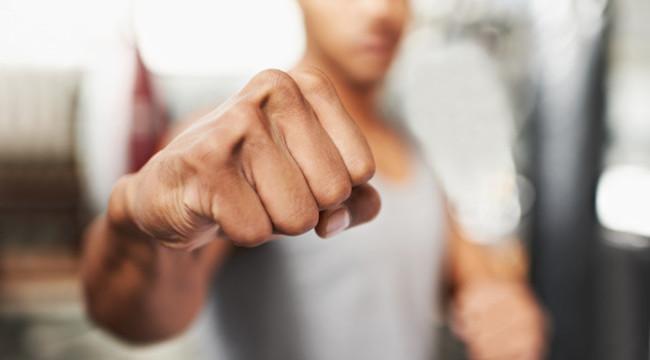 Ce pedeapsa a primit un luptator de kickboxing din Suceava care a omorat un om dintr-un singur pumn