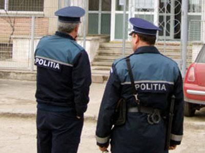 Fost politist de la Furturi Auto Focsani, acuzat de inselaciune
