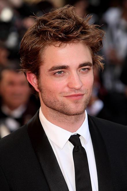 Robert Pattinson, cel mai frumos barbat din lume!