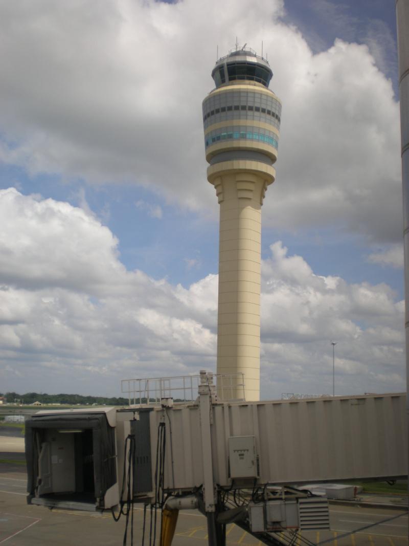 Copil de 7 ani, controlor de trafic pe aeroportul JFK din New York