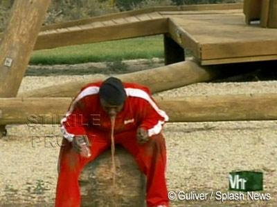 Bobby Brown scoate jetul! Fostul sot al lui Whitney Houston, cam beat