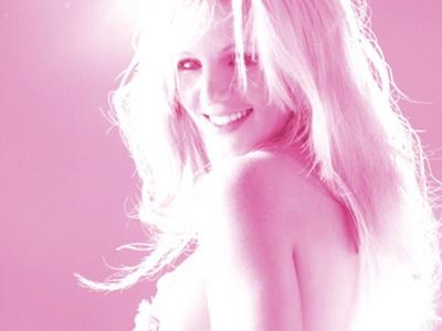 Britney Spears intr-un pictorial incendiar pentru revista V. FOTO