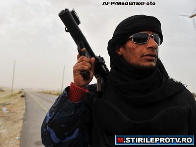 Haosul continua sa stapaneasca Libia. Tripoli, sub asaltul armelor de foc