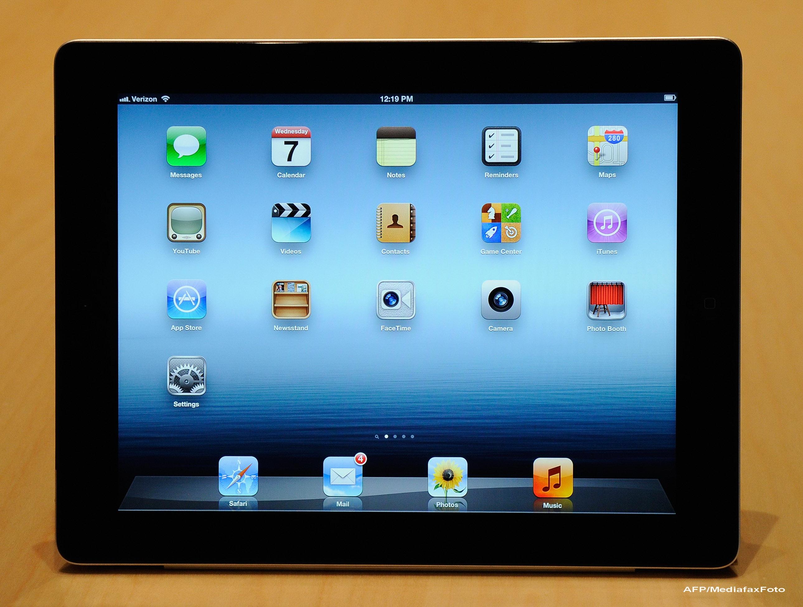 Un roman a conceput un joc special pentru noul iPad. Ultima tableta Apple ajunge la noi pe 23 martie