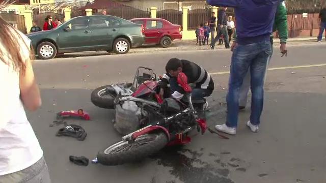 La sfarsitul iernii, soferii au uitat de motociclisti. Un tanar de 19 ani a murit dintr-o neatentie