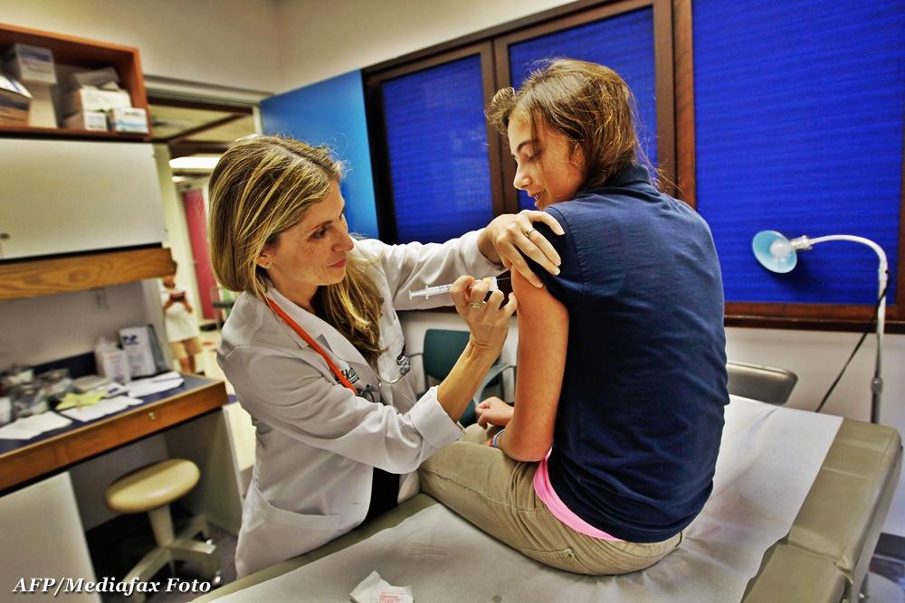 6 milioane de romance, chemate la doctor.Testari gratuite pentru depistarea cancerului de col uterin